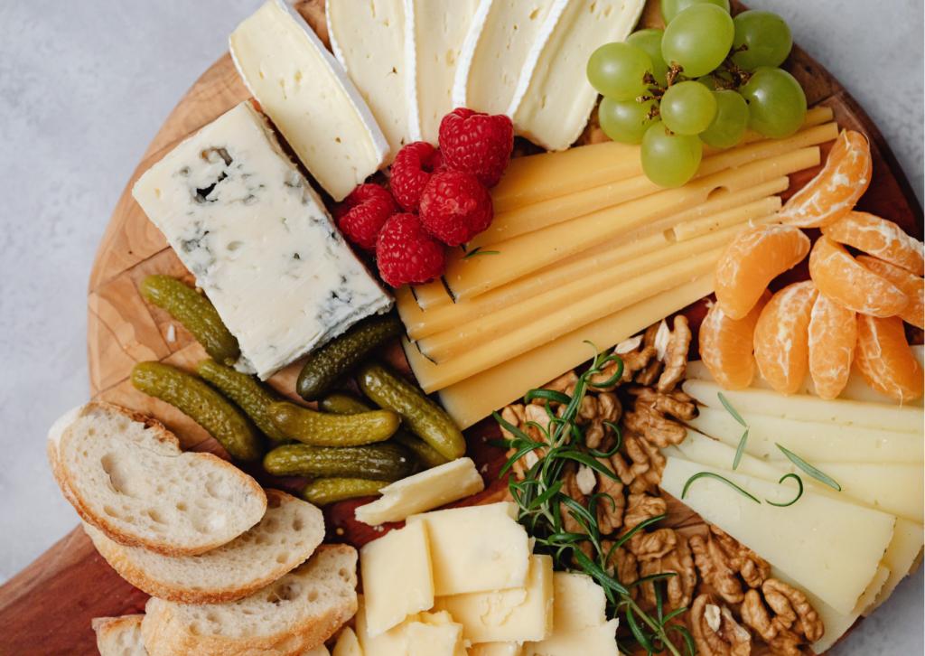 tabla de quesos y frutos secos